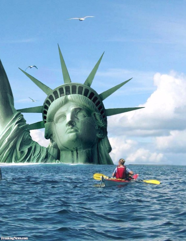 Statue-of-Liberty-in-a-Flood-30789